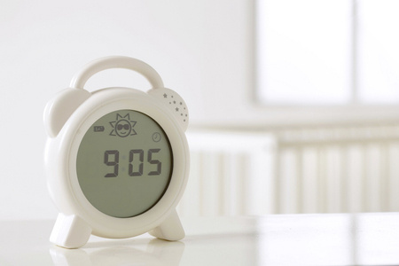Zegar do nauki snu - Snoozee Sleep Trainer & Clock Purflo